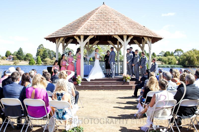 BPhotography_Belinda_Fettke_Wedding_Tasmania_Grindelwald032