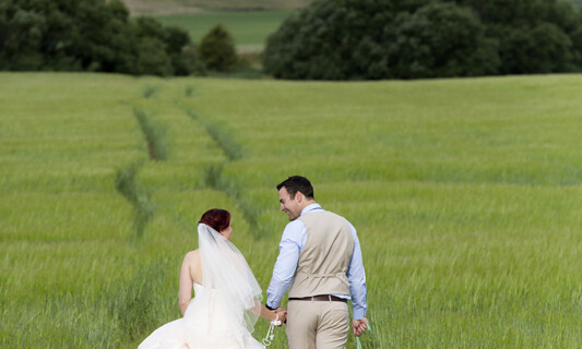 Wedding Vows with Peony's, Roses and Lace at Brickendon_Bphotography